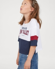 19N1-045 H&M Short T-shirt with Motif - 10-12 tuổi
